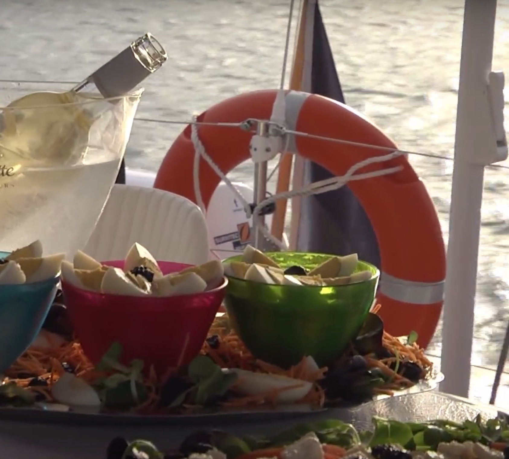 A gentle and relaxed dinner cruise…